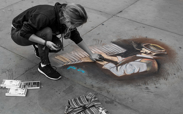 Chalk Street Artist // Photo Credit: Tomasz Baranowski https://www.flickr.com/photos/155376904@N07/